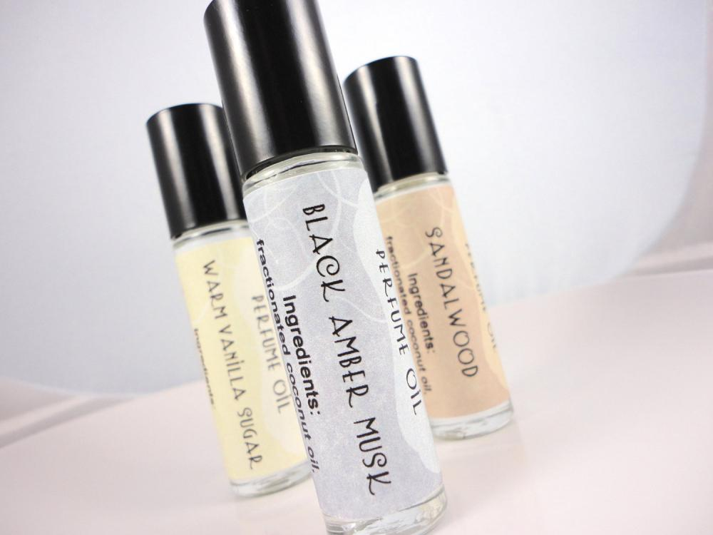 Black Amber Musk Perfume Oil - Musk, Clove, Amber - Roll On Perfume